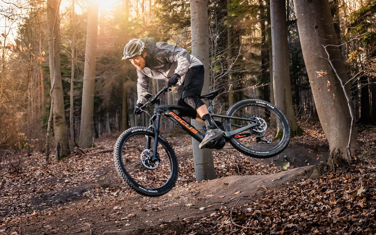 FOCUS-Bikes-E-MTB-Reach-Test-2019-_MG_4846-Pano-Pano